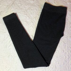 Pants - Just One comfortable and stretchy Legging Sz S